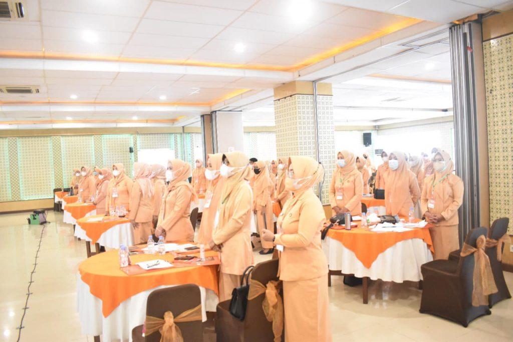 Sekretaris Daerah Kab. Kolaka Buka Musyawarah Daerah IV Dharma Wanita Persatuan Kab. Kolaka .